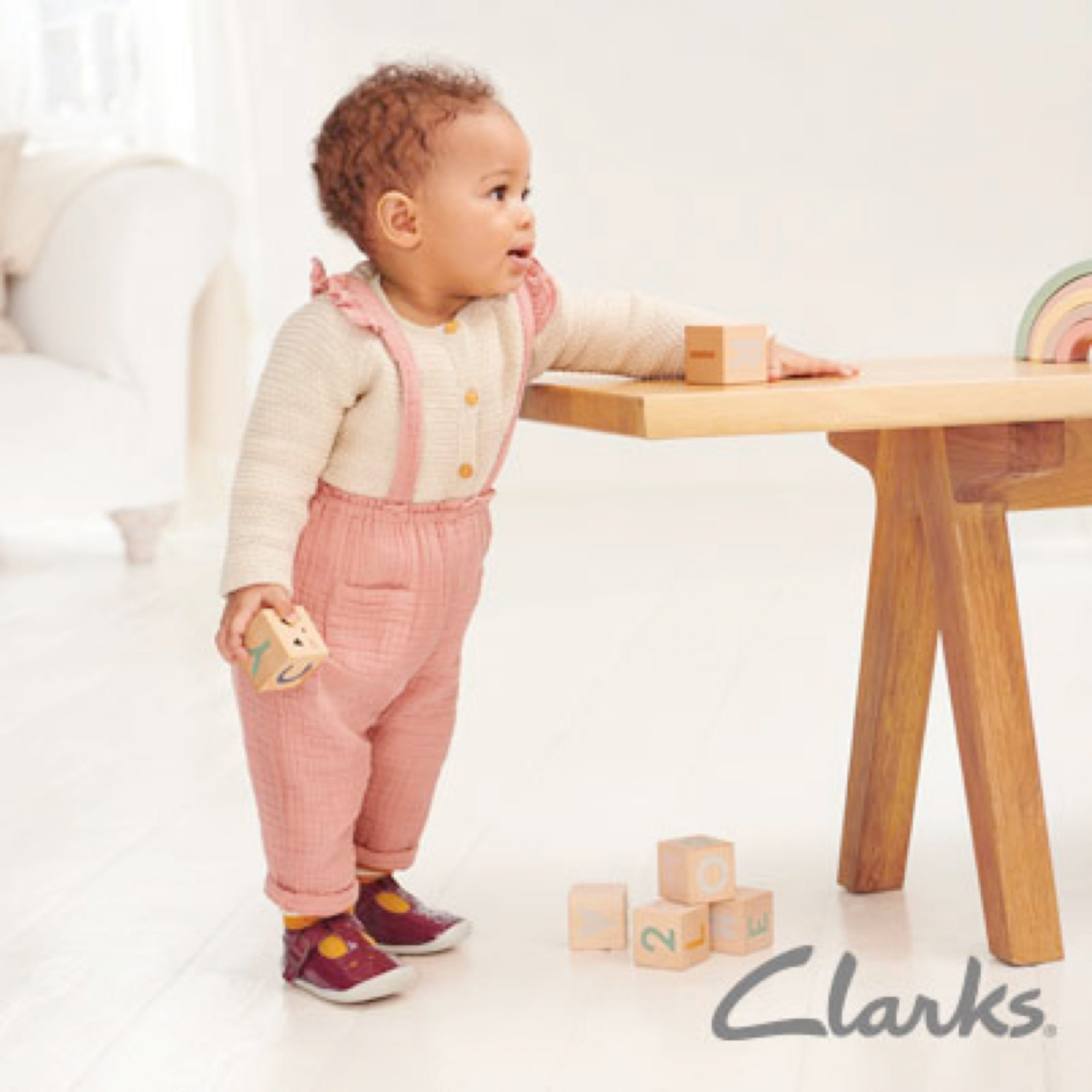 Clarks Outlet Footwear Shop | ICON