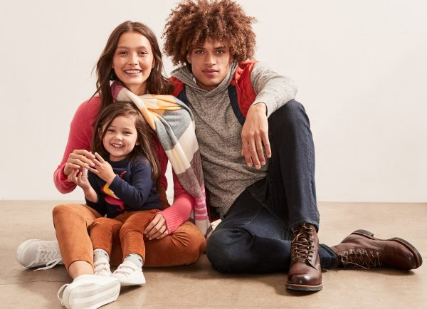 GAP Family header - Extra savings at ICON outlet shopping London